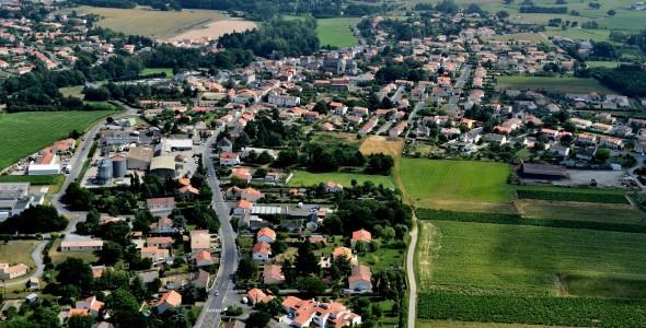 vue aérienne bourg2