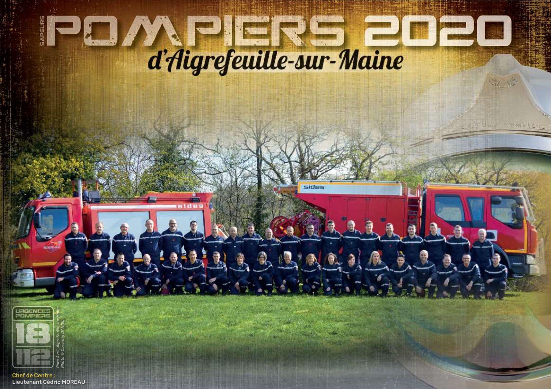 Calendrier 2020 Pompiers.Passage Des Sapeurs Pompiers D Aigrefeuille Pour La Vente Du
